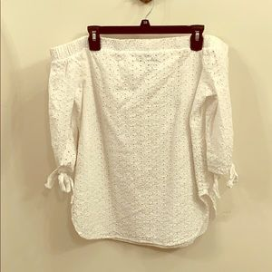 Mossimo off the shoulder blouse
